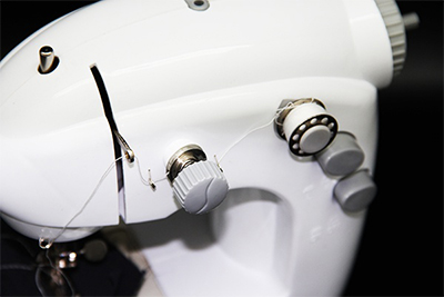Как пользоваться швейной машинкой чайка